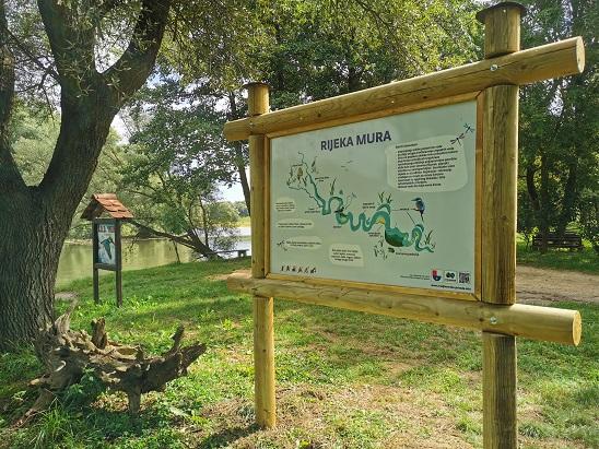 Nova info-tabla Dekanovec